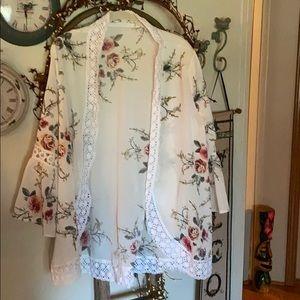 Floral Bell Sleeve Kimono